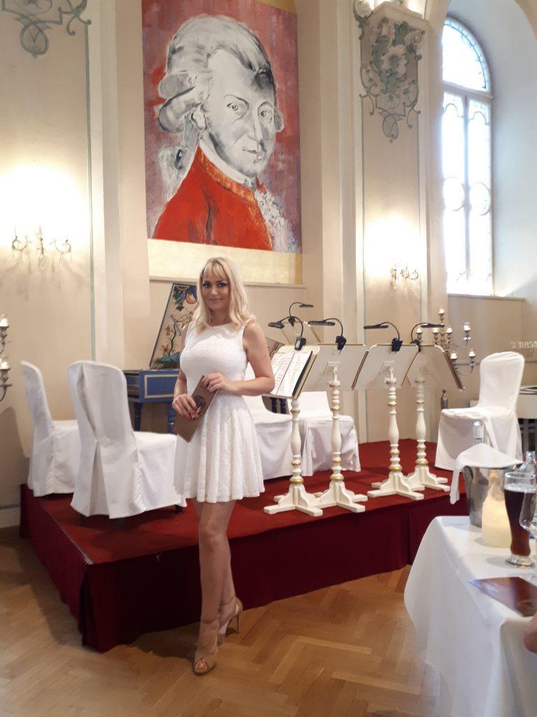 """Večera i koncert klasične muzike uživo u """"Podrumu Sv.Petra"""""""