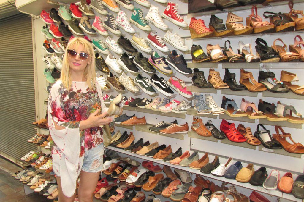 Koliko god da imas cipela, jos jedan par ne moze da smeta