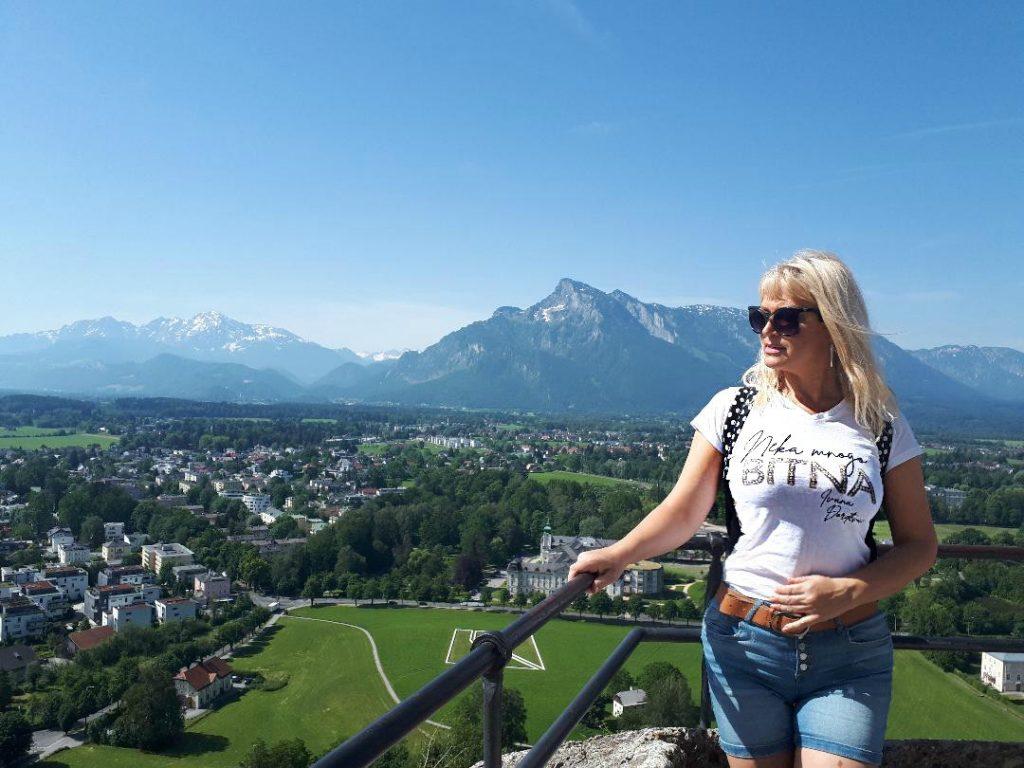 Panorama Salzburga sa tvrdjave iznad grada